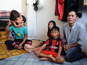 Refugee family at home / Images from Malaysia / RSC East ...