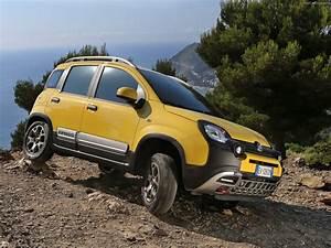 Fiat Panda Jaune : 2014 fiat panda cross italian suv jaune wallpaper 1600x1200 395018 wallpaperup ~ Gottalentnigeria.com Avis de Voitures