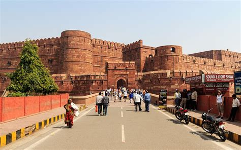 agra fort wikipedia