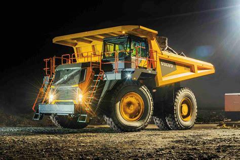 volvo rigid trucks volvo enters rigid hauler market unveils 4 new trucks