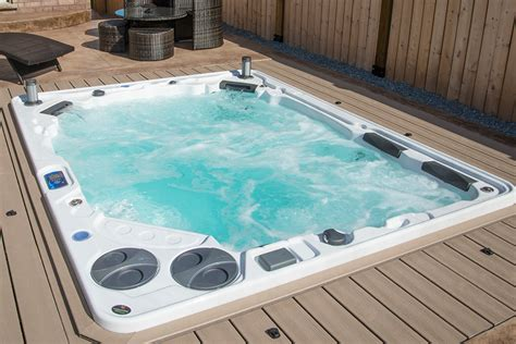 tub 8 person hydropool uk 10 person tub h1038 hydropool uk