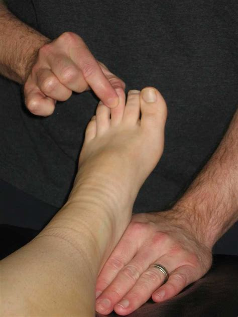 toe taller   toes find