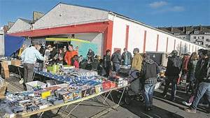Flohmarkt In Bremerhaven : f r 350 euro wurden hunde babys auf flohmarkt angeboten bremen ~ Markanthonyermac.com Haus und Dekorationen