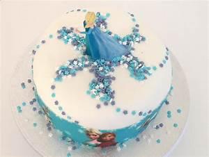 Décoration De Gateau : faire un gateau reine des neiges avec ruban pate a sucre blog univers cake ~ Melissatoandfro.com Idées de Décoration