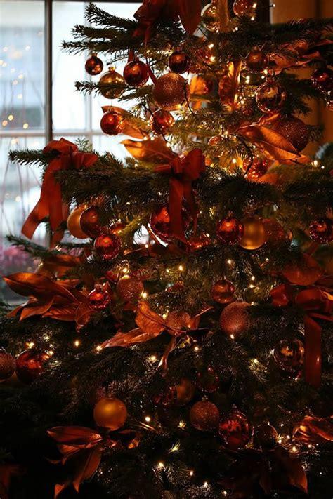 luxury decorated christmas trees london uk