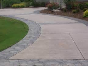 beton design concrete sted border driveway with broom finish interior