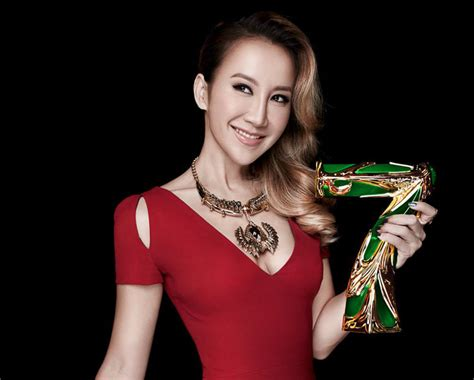 Coco Lee takes out I Am A Singer Season 4 competition