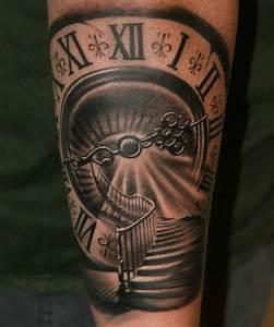 Uhr Römische Zahlen : tattoo wendeltreppe uhr r mische zahlen tattoo tattoo ideen tattoo uhr und tattoo vorlagen ~ Orissabook.com Haus und Dekorationen