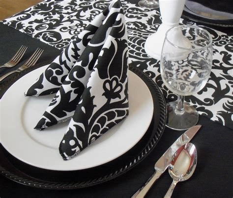 black and white dinner table setting black and white napkins wedding table centerpiece decoration