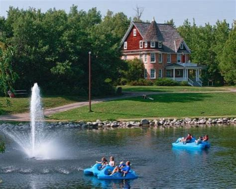 Bower Ponds Paddle Boat Rentals by Bower Ponds Deer 2018 All You Need To Before