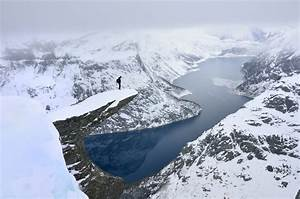 26 Jaw Dropping Pictures Of Trolltunga Norway39s Legendary