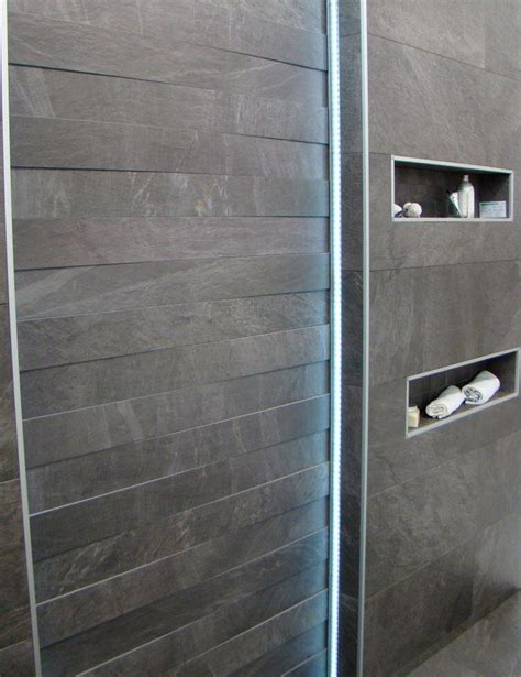 Led Leuchten Für Badezimmer by Naturstein Mit Led Beleuchtung Indirekt Bad Unten Led