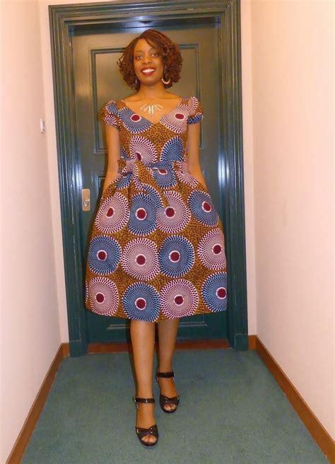 Robe Wax Africain Robe Col V Sans Manches En Wax Pagne Africain Par Pagnshopea Rob Afrikrea