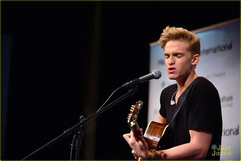 Cody Simpson Miami Concert Book Signing Photo 611060