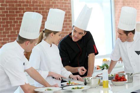 formation commis de cuisine ouverture centre formation les criquets cours de cuisine