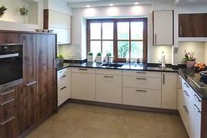 Küchen Modern Günstig : kuechen modern 12 sh k chen waging ~ Sanjose-hotels-ca.com Haus und Dekorationen