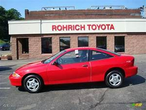 2001 Bright Red Chevrolet Cavalier Coupe #11646547 ...