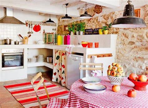 bocaux decoration cuisine leçon de déco donner un style cagne à sa cuisine