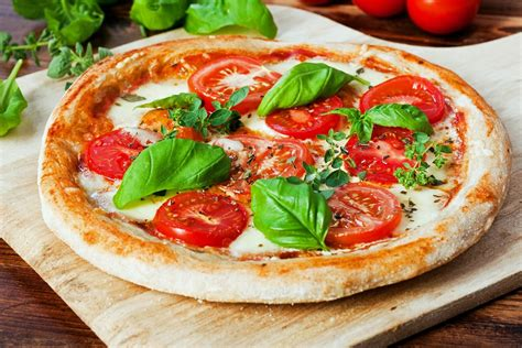 cheese margherita pizza kitchme