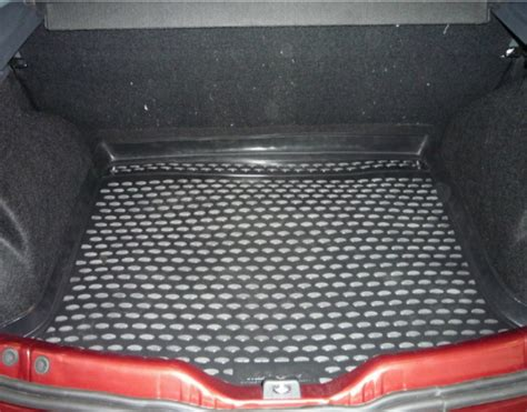 dimension garage tapis dacia sandero