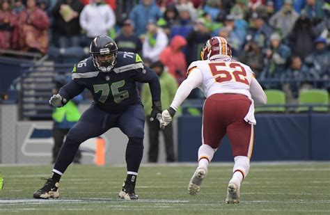 report seahawks sign pro bowl lt duane brown  extension