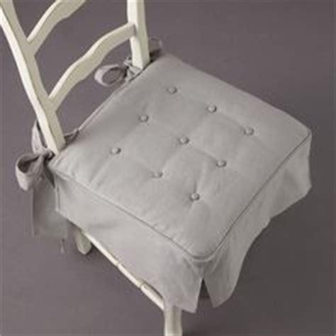 patron housse de chaise 1000 images about housse de chaise on patron