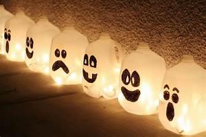 Make Milk Jug Jack-O-Lanterns » Dollar Store Crafts