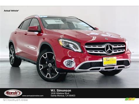 The 2020 gla 250 suv measures in at 174″ l x 71″ w x 60″ h with 8 available exterior color options, allowing for complete customization of your new 2020 gla suv. 2020 Jupiter Red Mercedes-Benz GLA 250 #135490456 ...