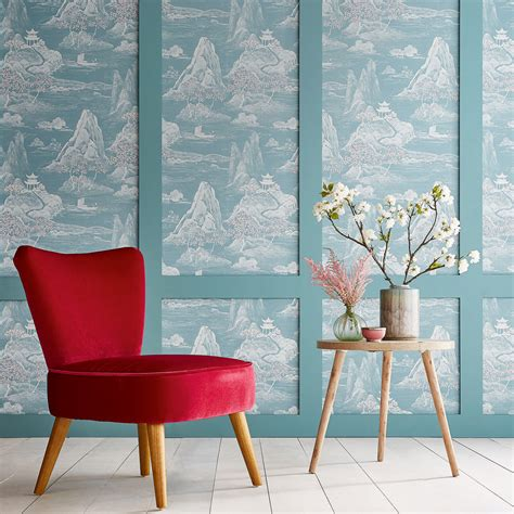 key wallpaper trends set  dress walls