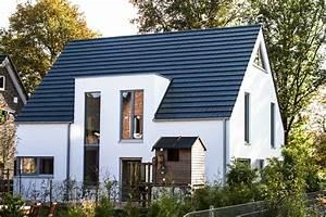 Dachbalkon Nachträglich Einbauen : die besten 25 dachgauben ideen auf pinterest dachschr ge einrichten loft gaube und gauben ideen ~ Eleganceandgraceweddings.com Haus und Dekorationen