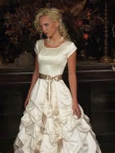 bridesmaid dresses modest beautiful modest wedding dresses for brides