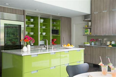 green and grey kitchen цвет лайм в интерьере домфронт 3958