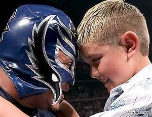 Rey Mysterio and his son Dominik Friday Night Smackdown ...