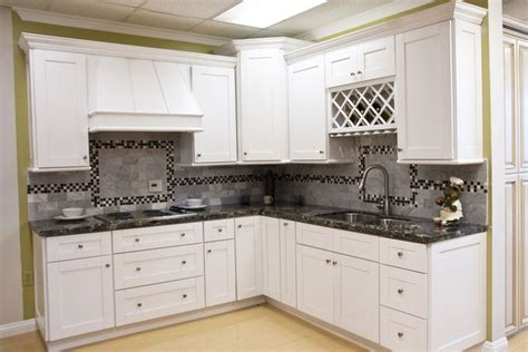 White Shaker Cabinets Aaa Home Design Southern