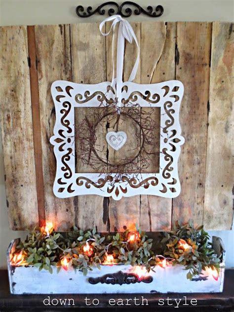 images  wreaths pallet canvas inspiration  pinterest pallet boards mantels
