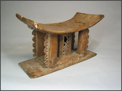 The Ashanti Golden Stool - asante stool rand