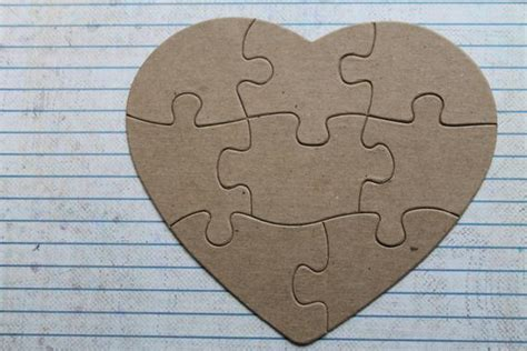 8 Piece Heart Shaped Jigsaw Puzzle Bare/unfinished Chipboard