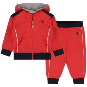 It is naturally to be stylish in any situation nowadays and your children should understand it from childhood. Ferrari Baby Boys Red Tracksuit | Red tracksuit, Tracksuit, Clothes