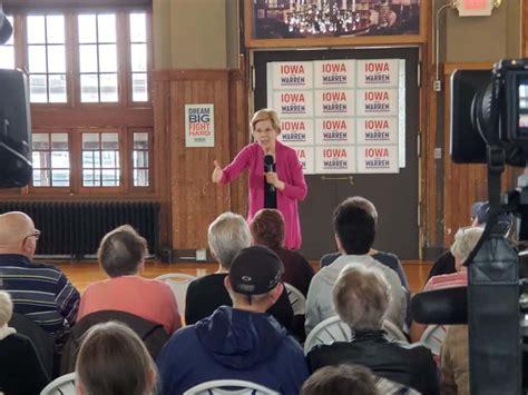 Presidential Candidate Elizabeth Warren Fills La Poste In