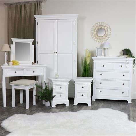 White Bedroom Suites Uk by White Bedroom Furniture Wardrobe Chest Of Drawers