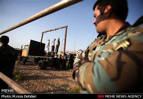 Iran: Three prisoners hanged in public - NCRI