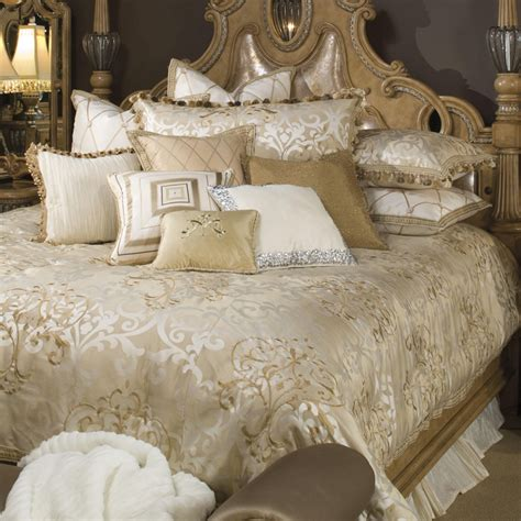 Bedding King Luxury Picture