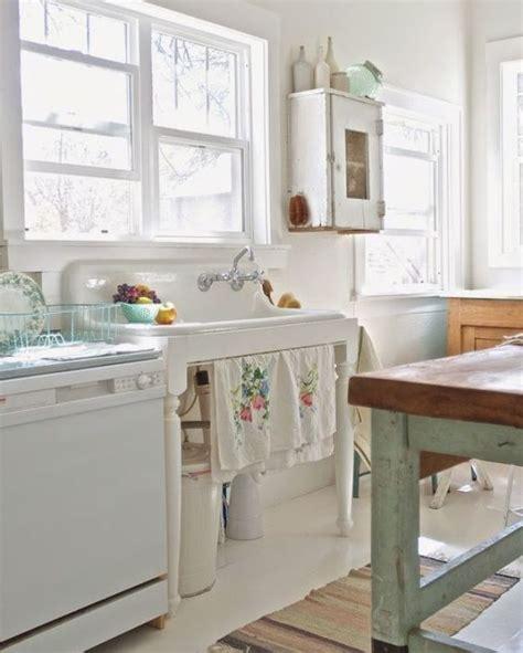vintage porcelain kitchen sink best 25 porcelain kitchen sink ideas on