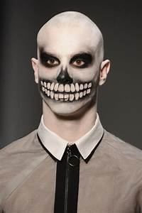 50+ Halloween Makeup Ideas to Try in 2017 - Happy ...