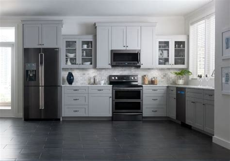 samsung brings black stainless steel finish  kitchen appliances cnet
