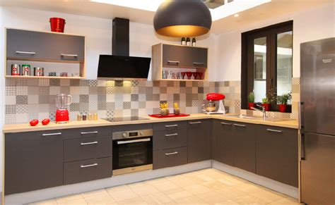 cuisine fabricant fabricant cuisine simple cellier gris chaud verrire hotte fabricant cuisine style cottage