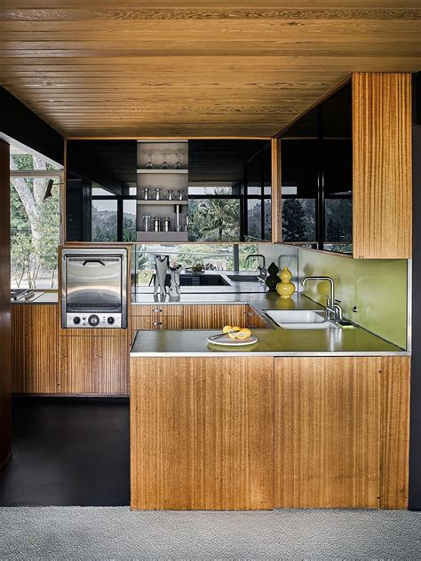 you cant go wrong with these 7 timeless kitchen cabinet