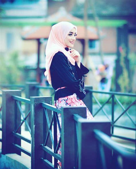 pin  rubab fatima  rzz fashion hijab outfit muslim fashion