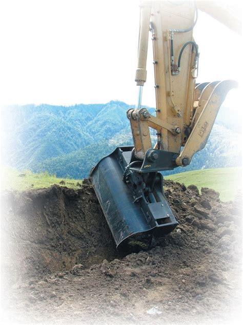 amulet tilt bucket   ton excavators  degree tilt
