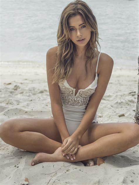 sandra kubicka justin macala bikini photoshoot